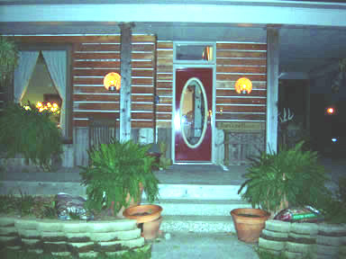 2008FarmhouseAtNight.jpg
