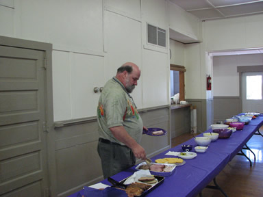 2008LuncheonFoodTable2.jpg