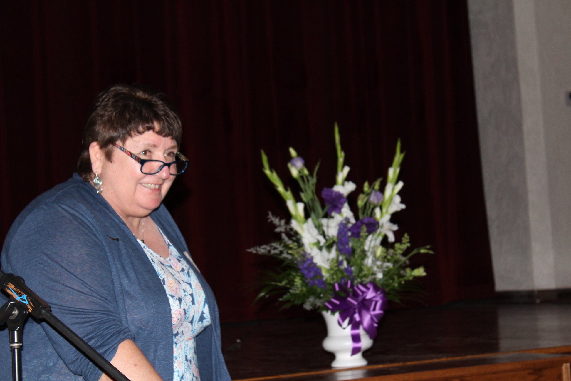 Brenda Ewart Foster accepting Outstanding Faculty for Mr. Salladay.jpg