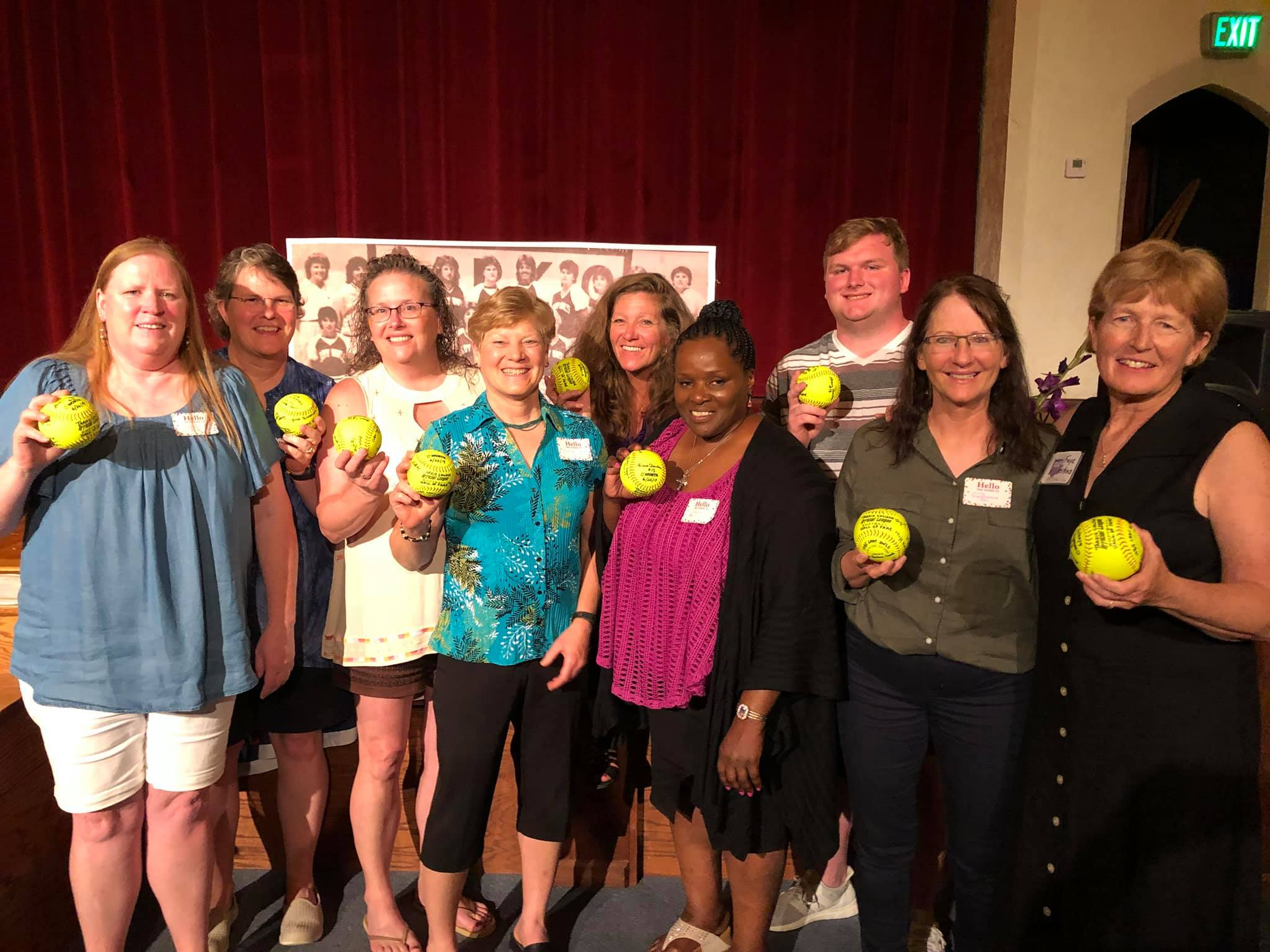 Womens Softball Team 1985 Athletic HOF award winners.jpg
