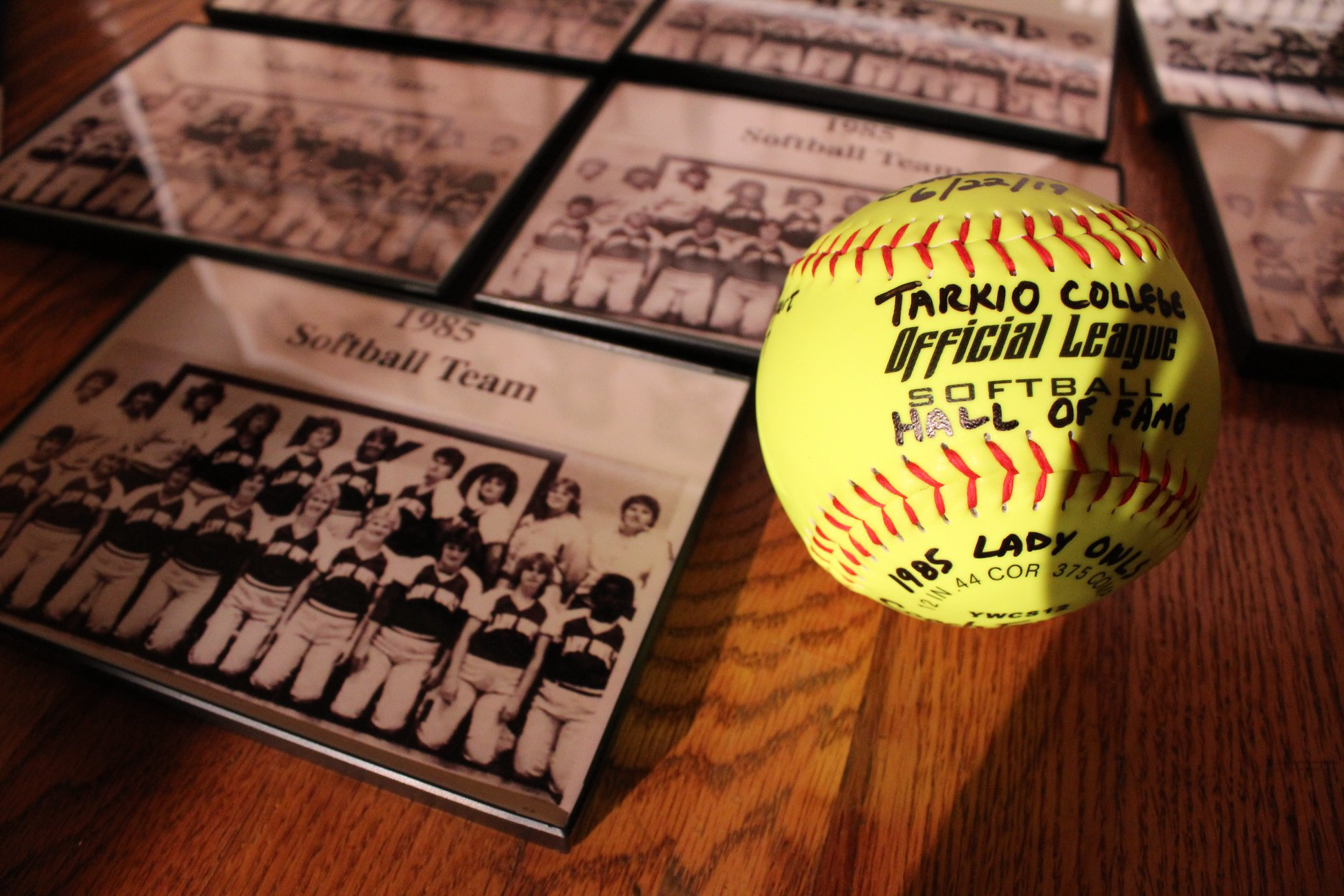 Womens Softball team 1985 Athletic HOF award winner.jpg